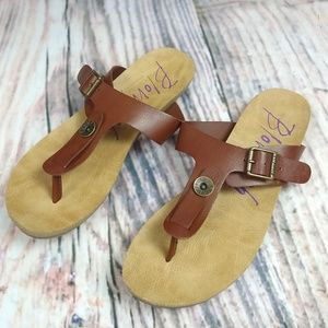 Blowfish Malibu Leather Sandals Size 7.5
